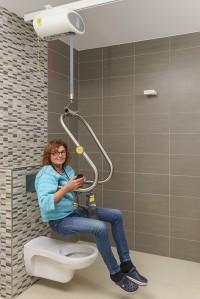 plafondlift_zelfstandig_boven_toilet.jpg