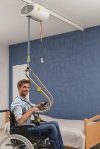 plafondlift_zelfstandig_in_rolstoel.jpg